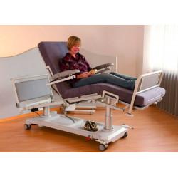 Fauteuil-Lit de dialyse DREAMLINE - Exemple d'utilisation par une patiente