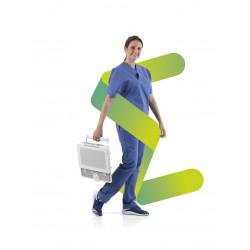 Mylab Sigma transportée par une infirmière